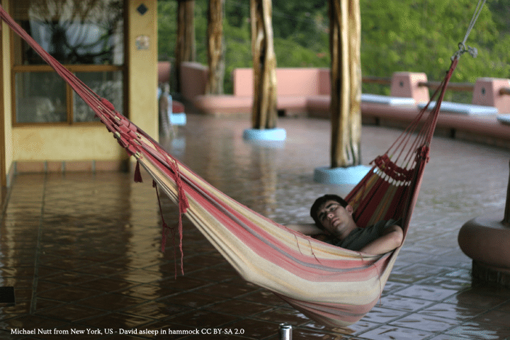 Hammock_nap_on_patio