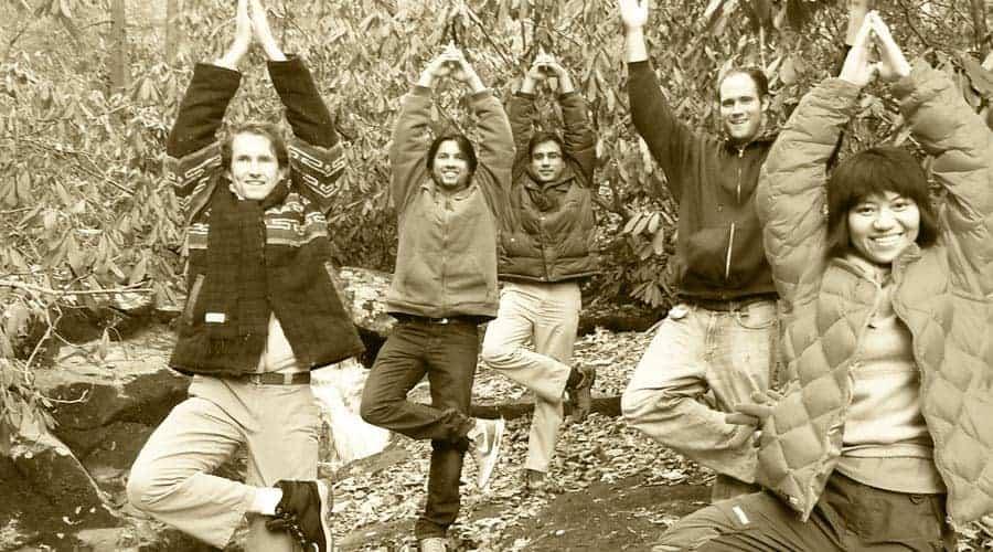 yoga_outdoors_tree-pose