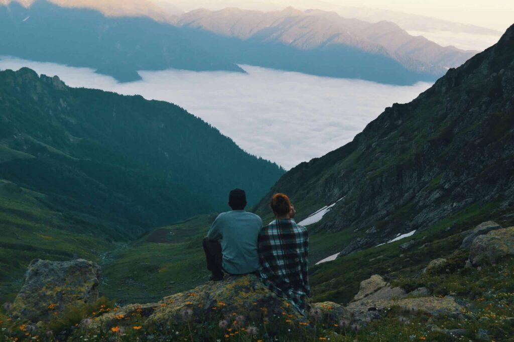 Balancing Relationships - Art of Living Retreat Center