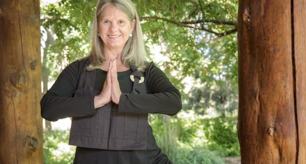 cyndi yogaZEN pose