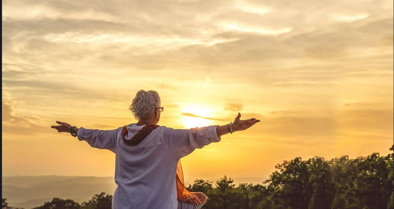 Find your balance with meditation and yoga retreats in NC at the Art of Living Retreat Center